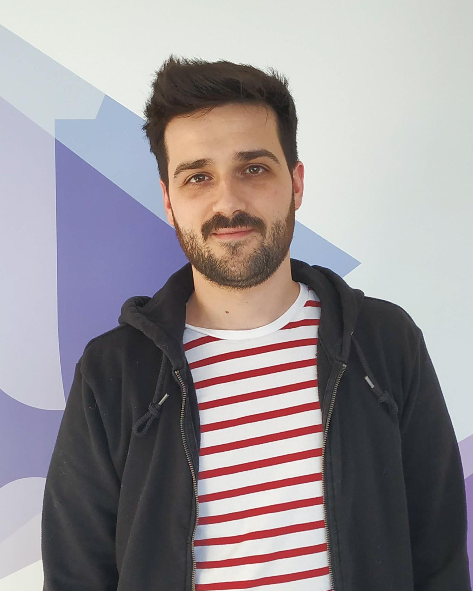 JULIAN CAYERO
